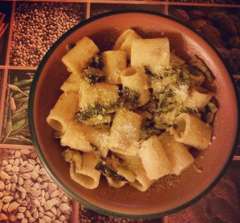 pasta zucchine cut